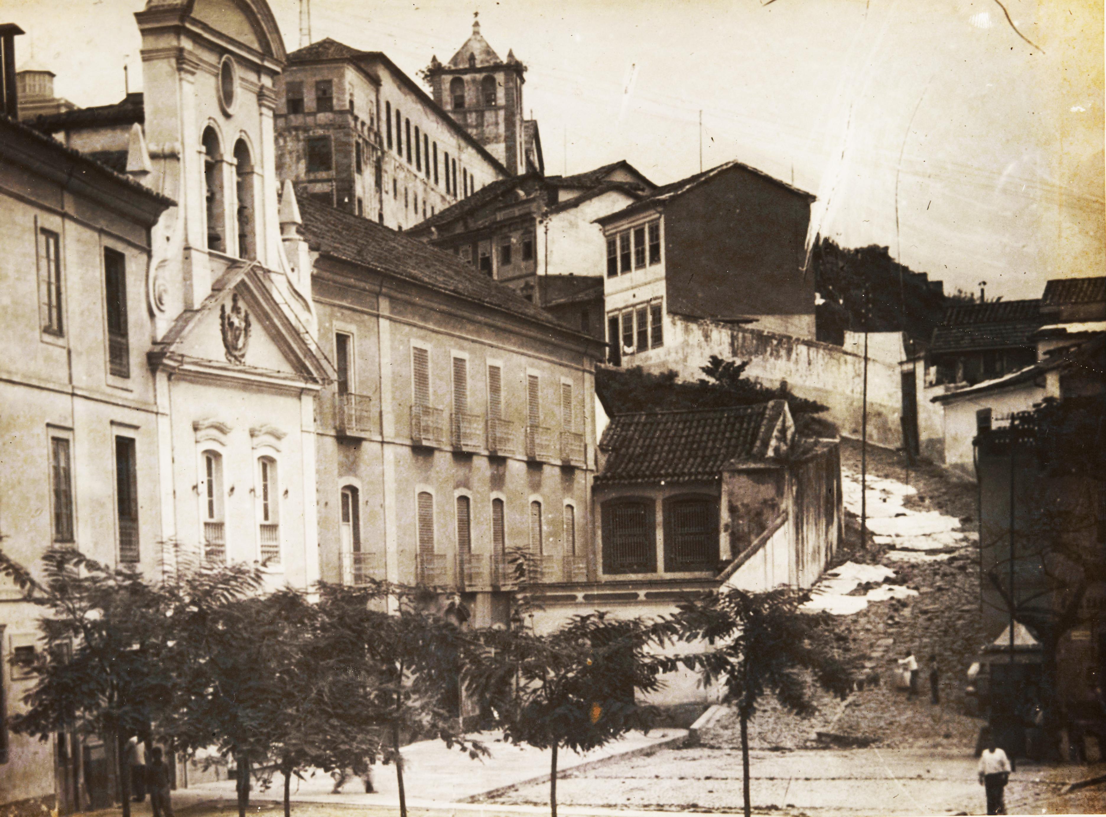 (1) Morro do Castelo. Augusto Malta <br> Acervo da Fundação Biblioteca Nacional - Brasil